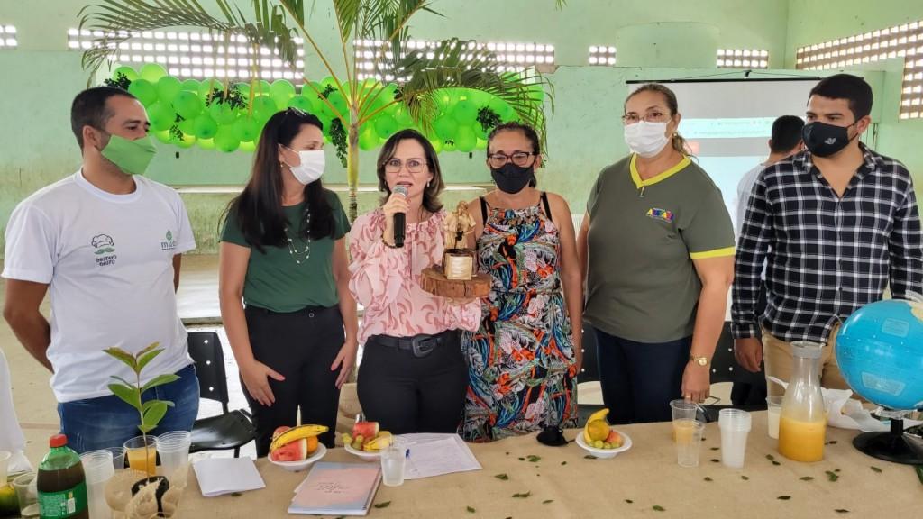 Prefeitura de Araçagi em parceria com a AFINK realiza ação de conscientização de preservação do meio ambiente e homenage